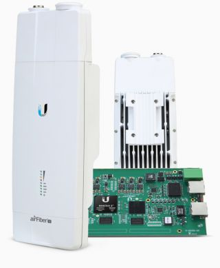 air Fiber 11 - Licensed Backhaul Radio - AF-11 - Ubiquiti